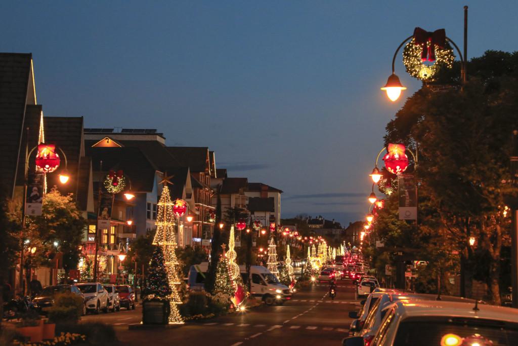 Avenida Borges de Medeiros decorada para o Natal Luz